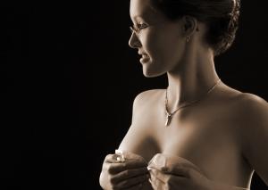 Braut Erotik in sepia