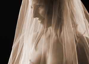 Braut Erotik Profil in sepia