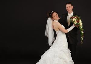 Hochzeits-Portrait Walzer tanzend