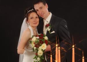 Hochzeits-Portrait mit Kerzenschein