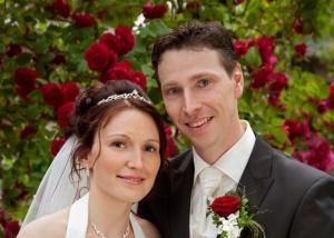 Hochzeits-Portrait mit Rosen