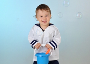Kinder-Portrait mit Seifenblasen