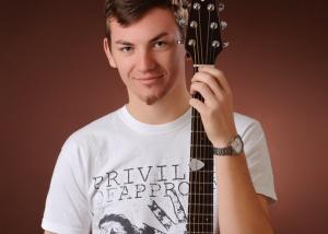 Portrait – Mann mit Gitarre