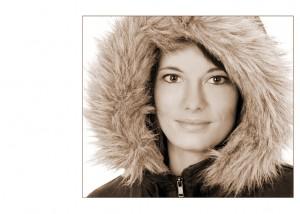 Portrait Frau mit Fell