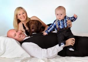 Tier - Portrait mit Familie liegend