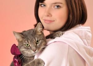 Tier - Portrait mit Katze und Mädchen