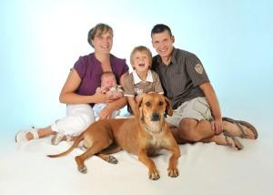 Tier - Portrait Familie und Hund
